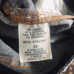 Gap size 30 distressed jean Real straight